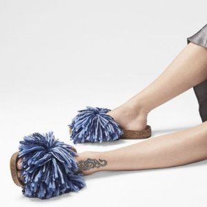 NEW UGG Cindi Denim Blue Fringe Pom Pom Sandals 8